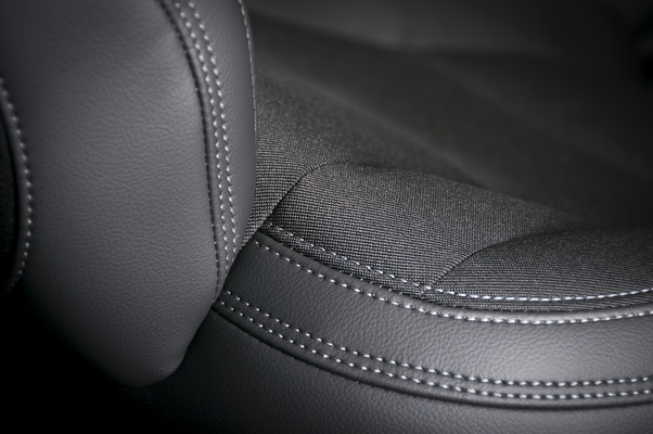 leather-and-textile-car-seats-P2S87ZY-1